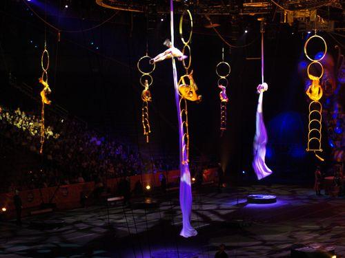 Circus 127